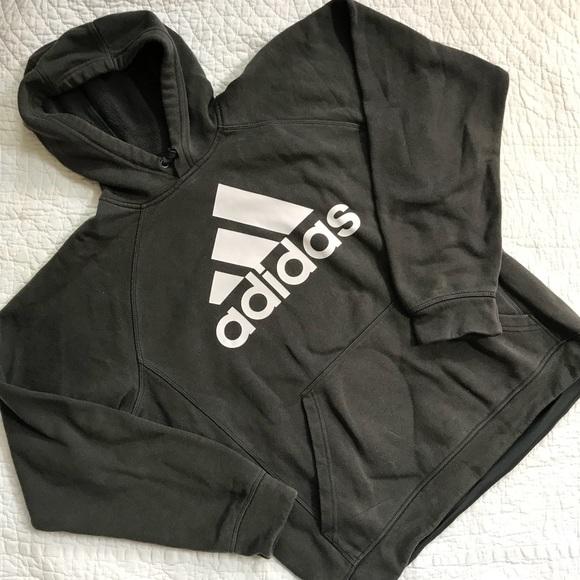 c689a50385c0 Adidas classic Trefoil logo grey sweatshirt